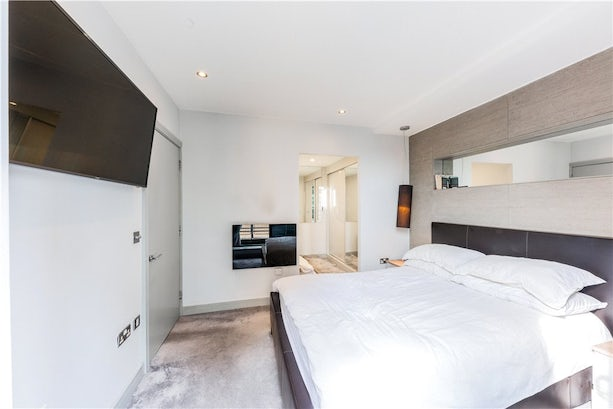 Property to buy in E1 8EY - BLM200089 - City - Picture No. 04