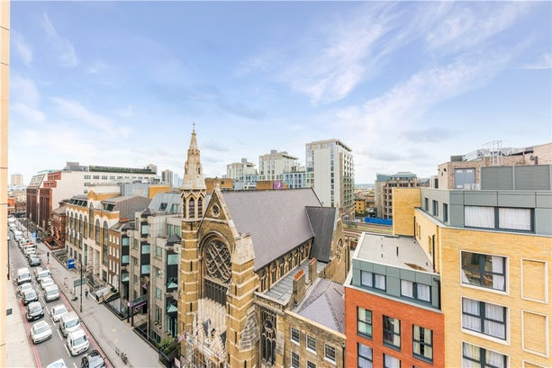 Property to buy in E1 8EY - BLM200089 - City - View Balconyterrace