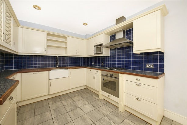 Property to rent in E14 8JH - CWL190965 - Canary Wharf Lettings - Picture No. 05