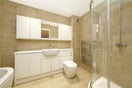 Property to rent in E14 8JH - CWL190965 - Canary Wharf Lettings - Picture No. 07