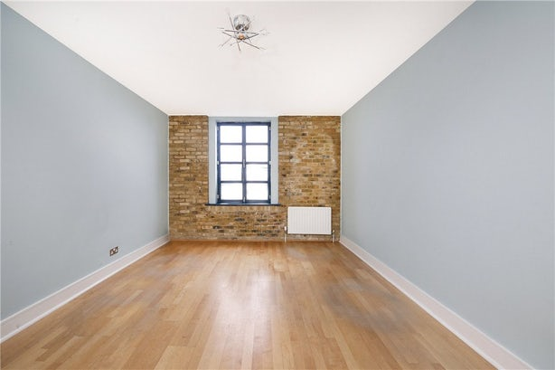 Property to rent in E14 8JH - CWL190965 - Canary Wharf Lettings - Picture No. 09