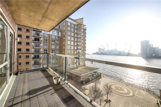 Property to rent in E14 8JH - CWL200120 - Canary Wharf Lettings - Picture No. 10