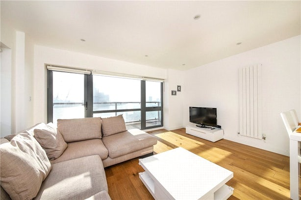Property to rent in E14 8JH - CWL200120 - Canary Wharf Lettings - Picture No. 14