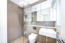 Property to rent in E14 8JH - CWL200120 - Canary Wharf Lettings - Picture No. 28