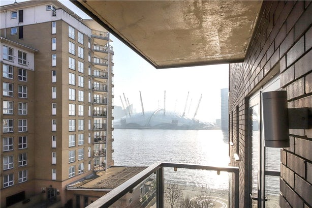 Property to rent in E14 8JH - CWL200120 - Canary Wharf Lettings - Picture No. 24