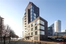 Property to rent in E14 8JH - CWL200120 - Canary Wharf Lettings - Picture No. 03