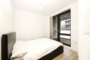 Property to rent in E14 8JH - CWL200347 - Canary Wharf Lettings - Picture No. 04