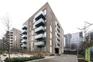 Property to rent in E14 8JH - CWL200347 - Canary Wharf Lettings - Picture No. 08