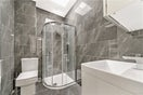 Property to rent in E14 8JH - CWL200368 - Canary Wharf Lettings - Picture No. 15