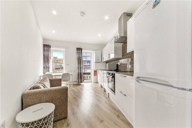 Property to rent in E14 8JH - CWL200368 - Canary Wharf Lettings - Picture No. 17