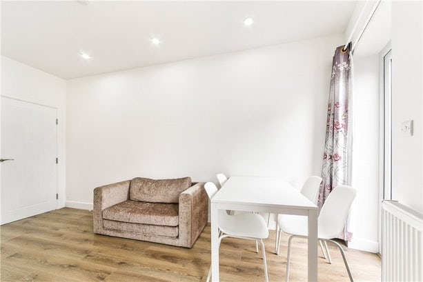 Property to rent in E14 8JH - CWL200368 - Canary Wharf Lettings - Picture No. 21