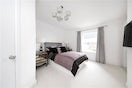 Property to rent in E14 8JH - CWL200479 - Canary Wharf Lettings - Picture No. 08