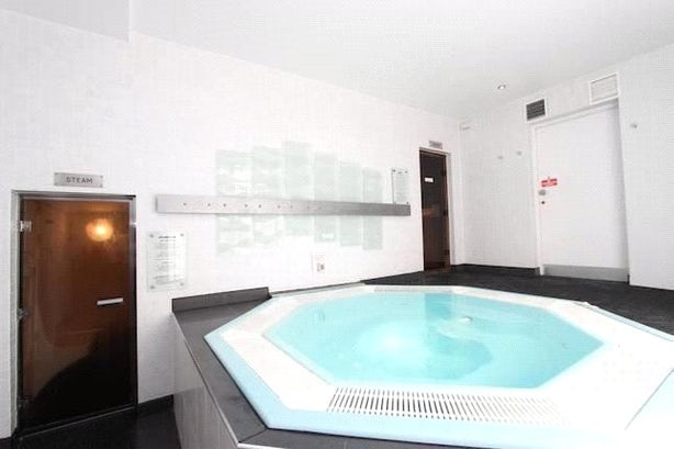 Property to rent in E14 8JH - CWL200489 - Canary Wharf Lettings - Picture No. 06