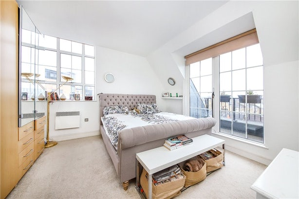 Property to buy in SE11 4EZ - KNL090458 - Kennington - Picture No. 03