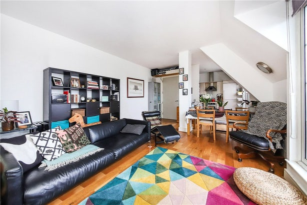 Property to buy in SE11 4EZ - KNL090458 - Kennington - Picture No. 08