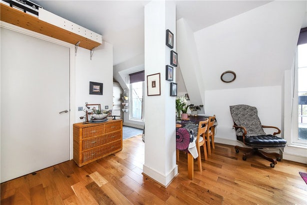Property to buy in SE11 4EZ - KNL090458 - Kennington - Picture No. 09