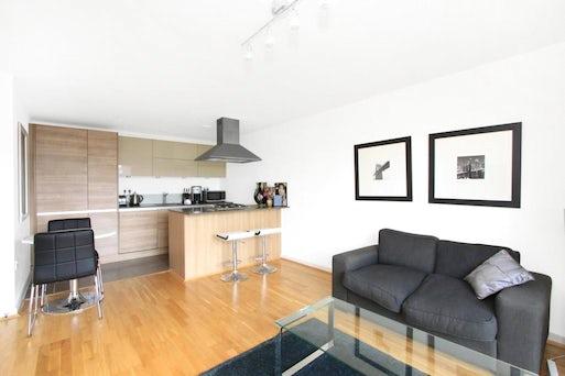 Brook House, Fletcher Street, Tower Hill, London E1 8GN