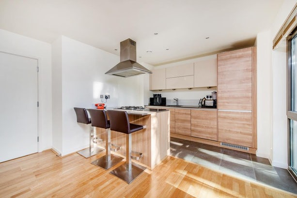 Property to rent in E1 8EY - CTY141499 - City Lettings - Picture No.03