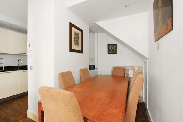 Property to rent in E14 8JH - CWF132074 - Canary Wharf Lettings - Picture No.13