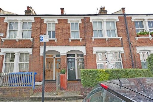 Ambergate Street, Kennington, London SE17 3RX